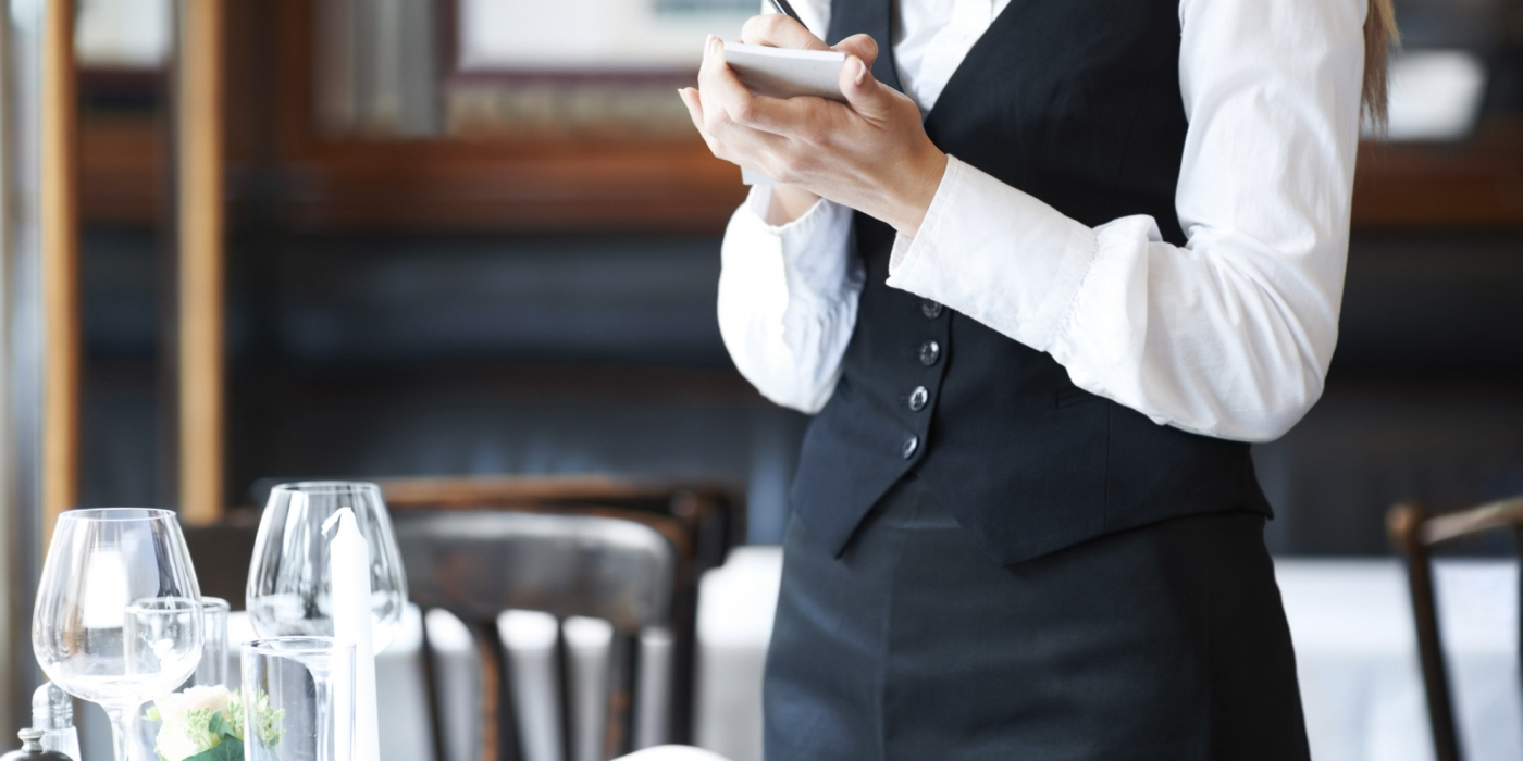 Restaurant Hiring 9 Signs The New Server Might Not Work Out